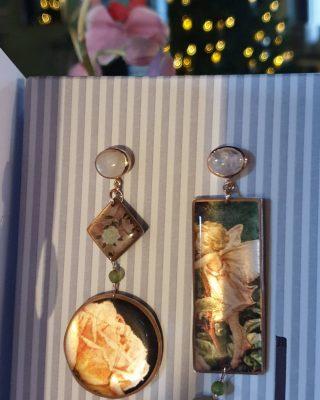 •Per la più bella tra le favole• Collezione Soul Dream Disponibile online www.alloveyou.it #alloveyou #earrings #silverjewels #madeinitaly #artisanal #tales #romanticjewelry #apresentforyou #trattareconcuraportarecongioia #roses #alloveyoujewels @alloveyoujewels